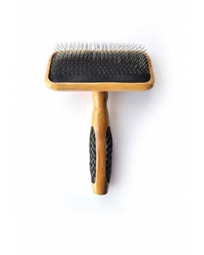 Bass de-matting brush medium soft A23